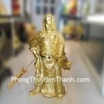 Tượng Quan công cầm đao uy vũ bột đá mạ vàng Y126