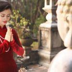 Nét tướng phụ nữ dễ bén duyên nơi cửa Phật